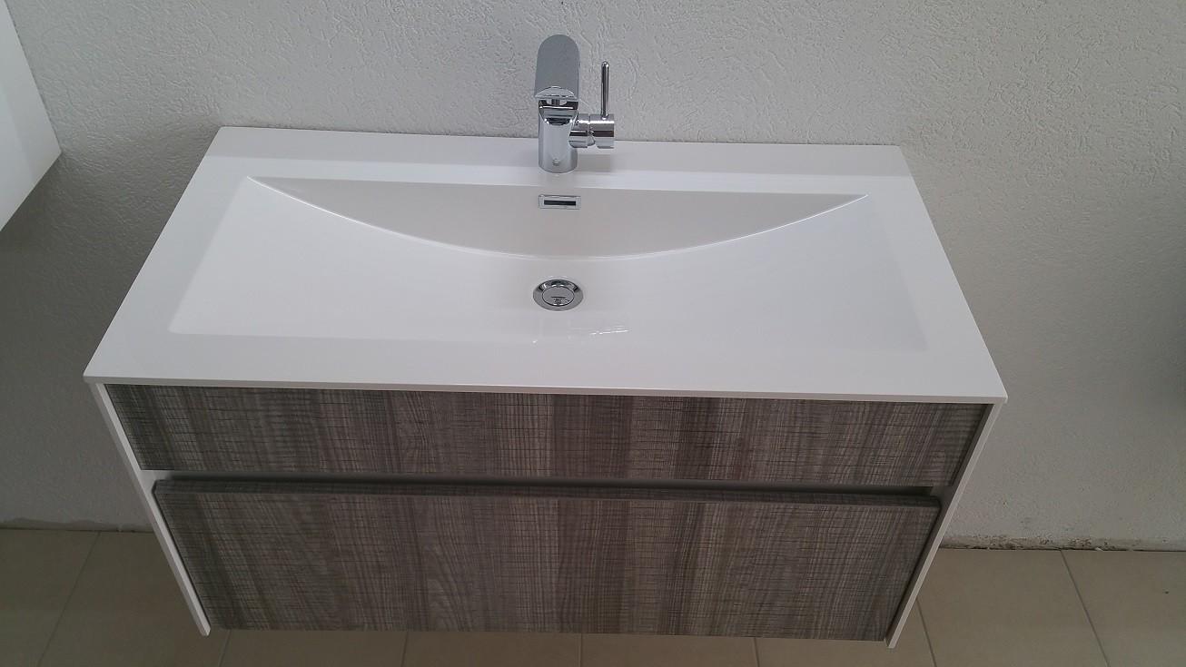 meuble salle de bain d 39 exposition vendre exposition de salles de bain cuisines. Black Bedroom Furniture Sets. Home Design Ideas